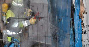 Dixitoiletten brennen in Wurzerstraße München Quelle Foto Feuerwehr München