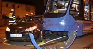 Verkehrsunfall mit Tram in München-Nymphenburg Quelle Foto Feuerwehr München