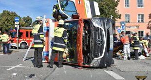 Verkehrsunfall Karl Preis Platz München Foto Feuerwehr München