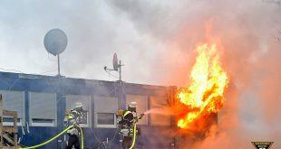 Wohncontainer auf Baustelle in Brand - Theresienhöhe München Quelle Foto Feuerwehr München