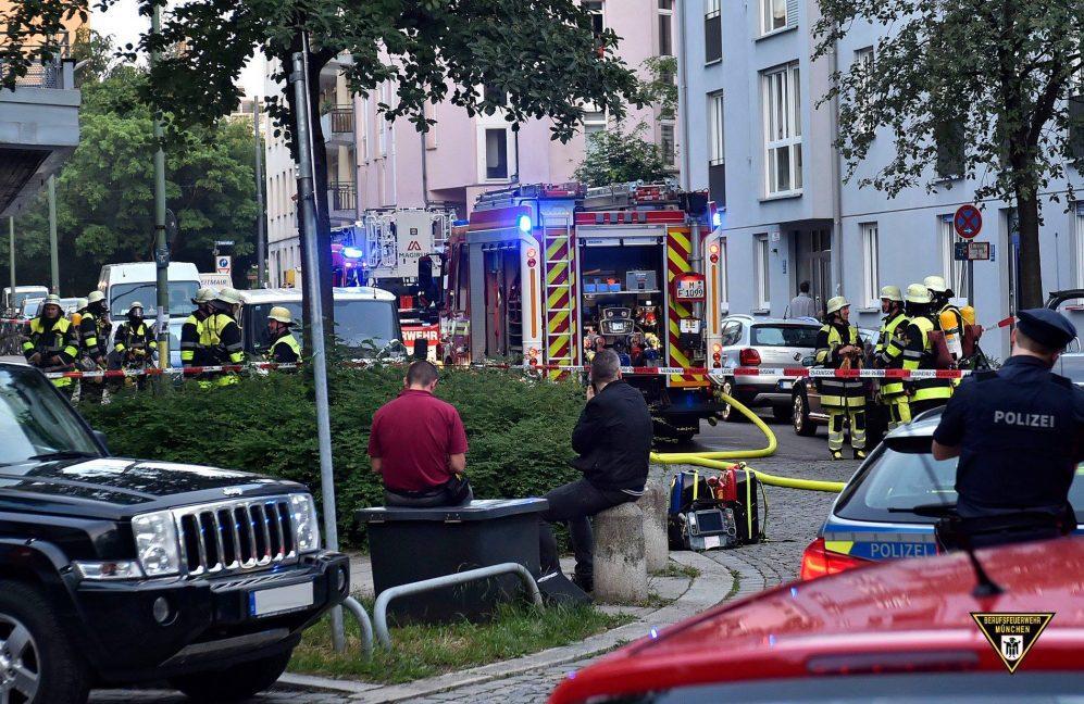 Brand in der Maximilian-Wetzger-Straße München-Neuhausen Quelle Foto Feuerwehr München