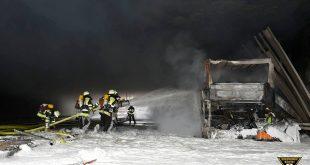 Flixbus im McGraw Graben in München Giesing ausgebrannt Quelle Foto Berufsfeuerwehr München