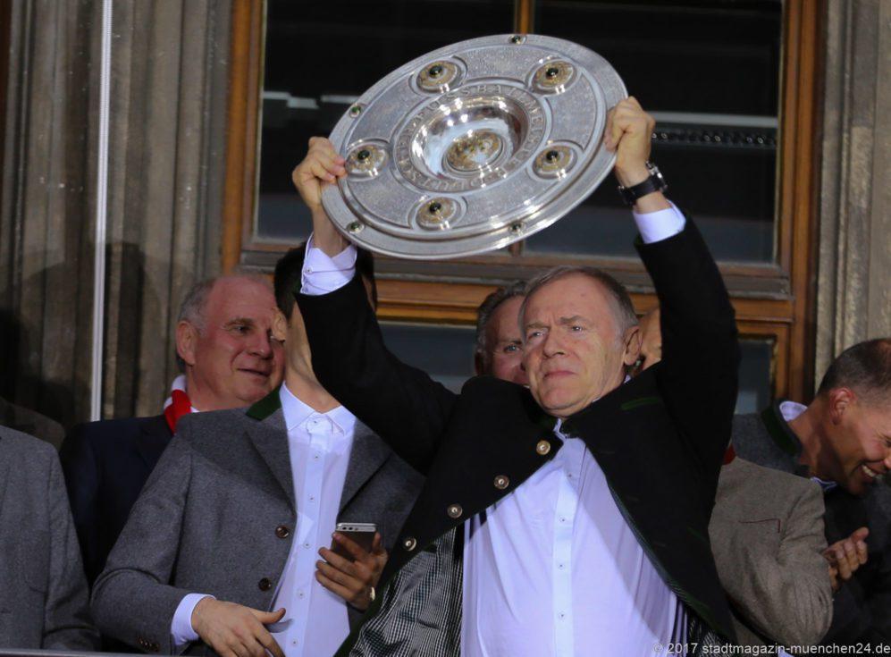 FC Bayern: Hermann Gerland bei der Meisterfeier 2017