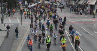 Fahrraddemo Altstadt Radlring 18.7.2020