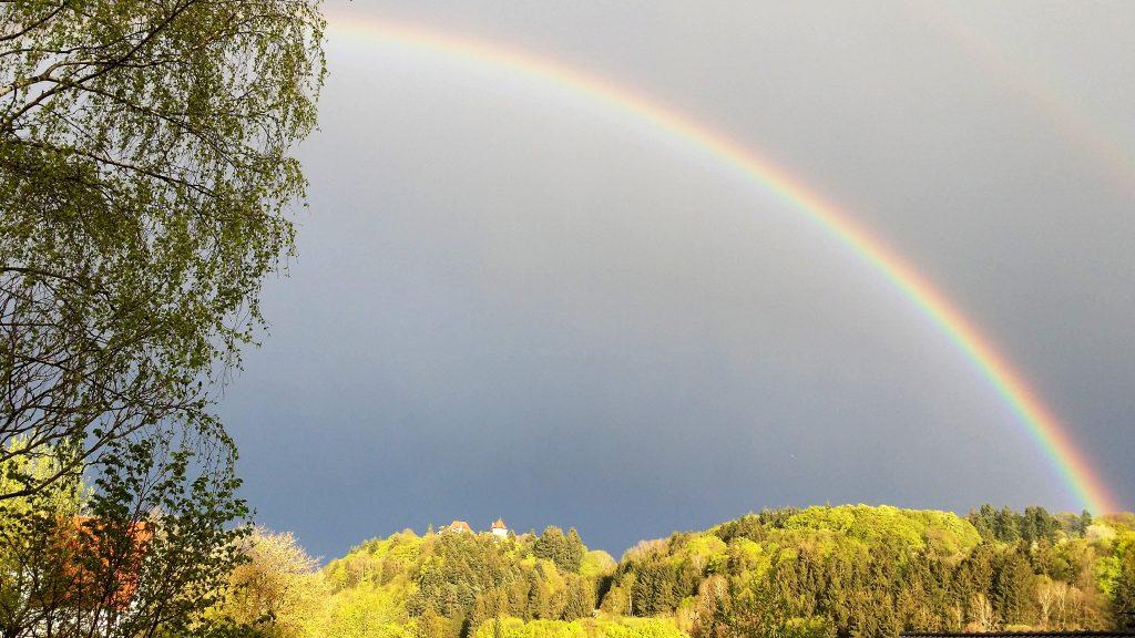Regenboog over Lichtenfels, Dalwigksthal
