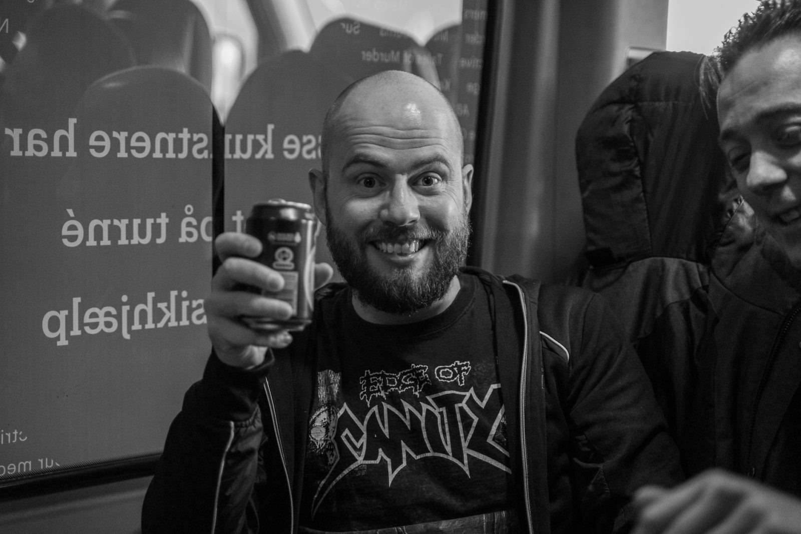 Concert Photography: Casper Villumsen from Electric Hellride with a Tuborg beer in the hand