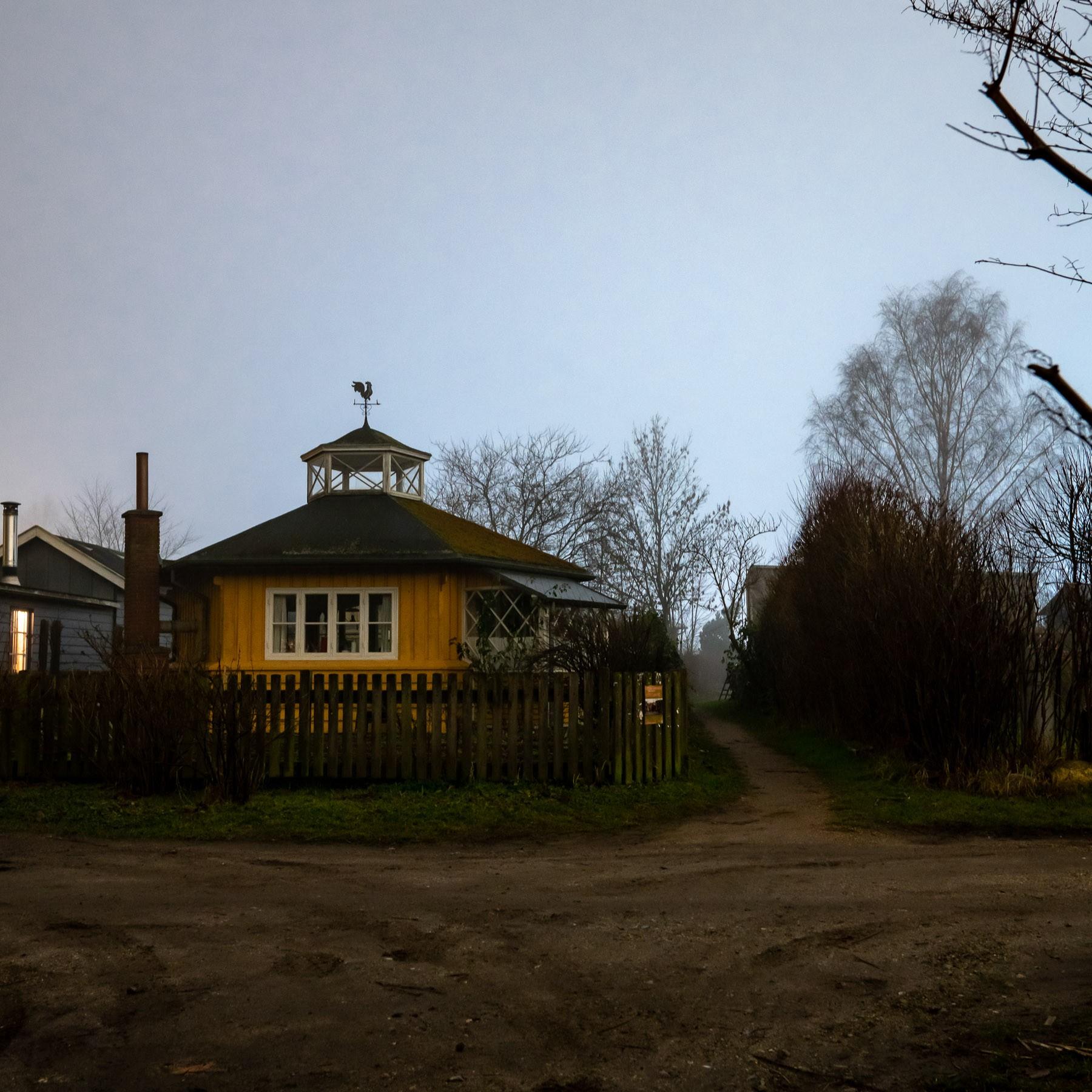 Hus med interessant tagkonstruktion i Haveforeningen Nokken
