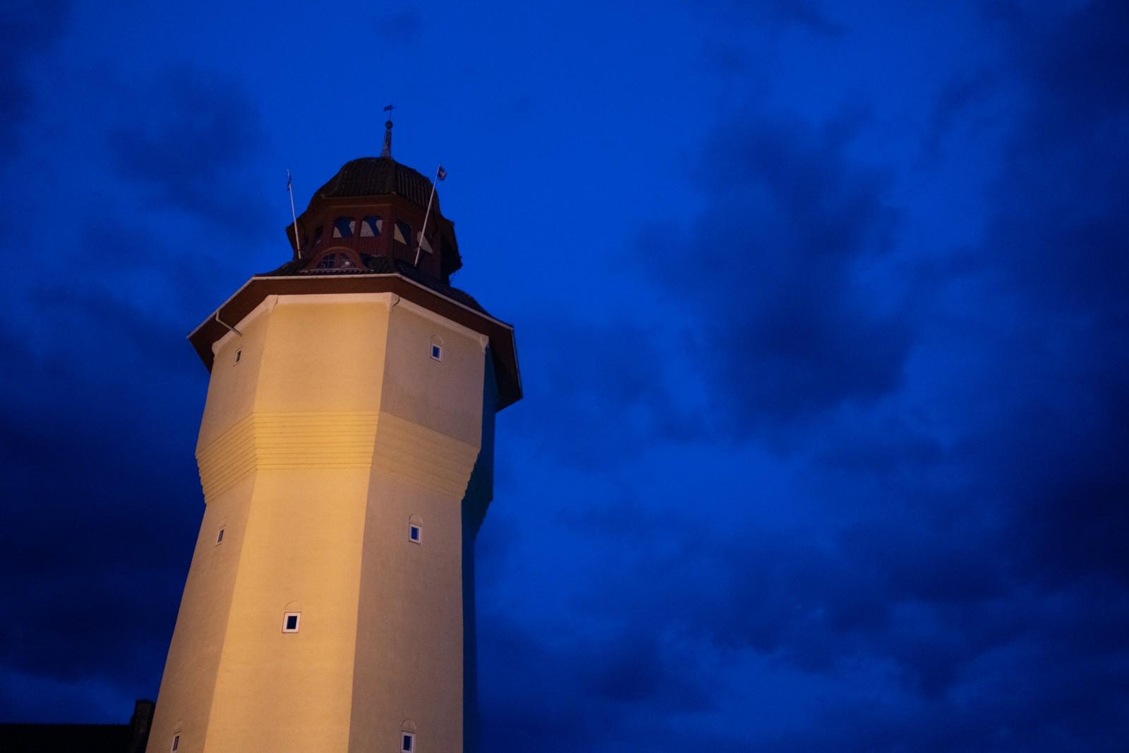 Nat, Nykøbing Falster - taget med Lomography Neptune objektiv