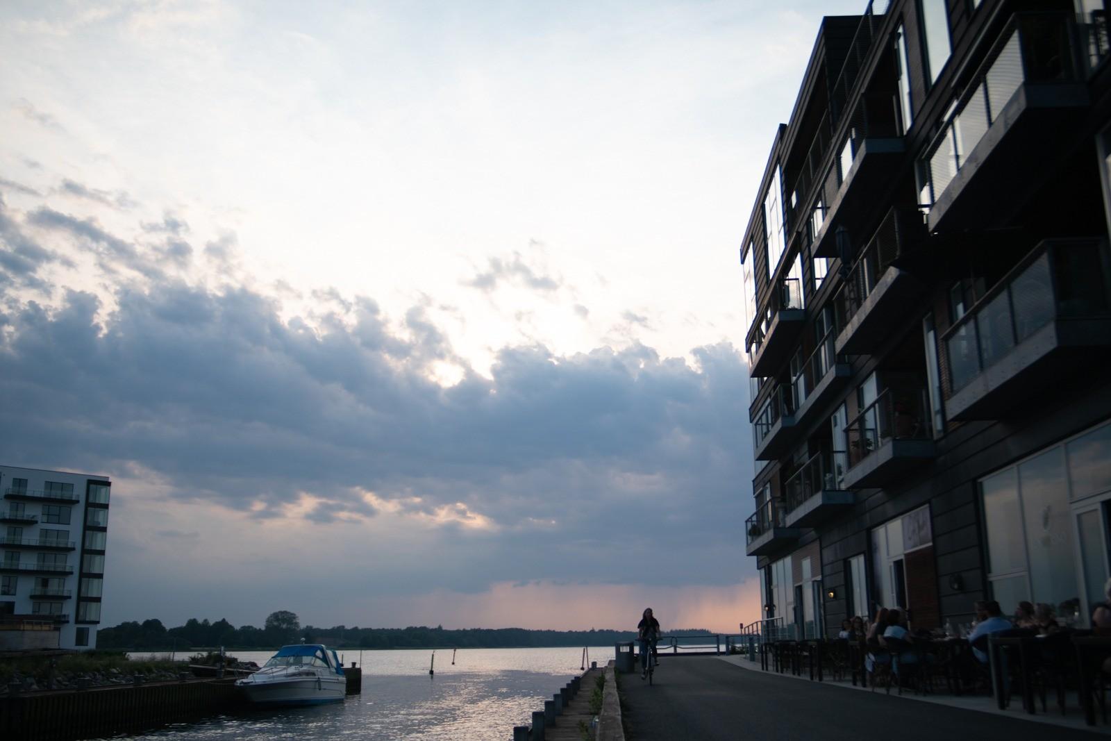 Nykøbing Falsters nye havnekvarter - taget med Lomography Neptune objektiv