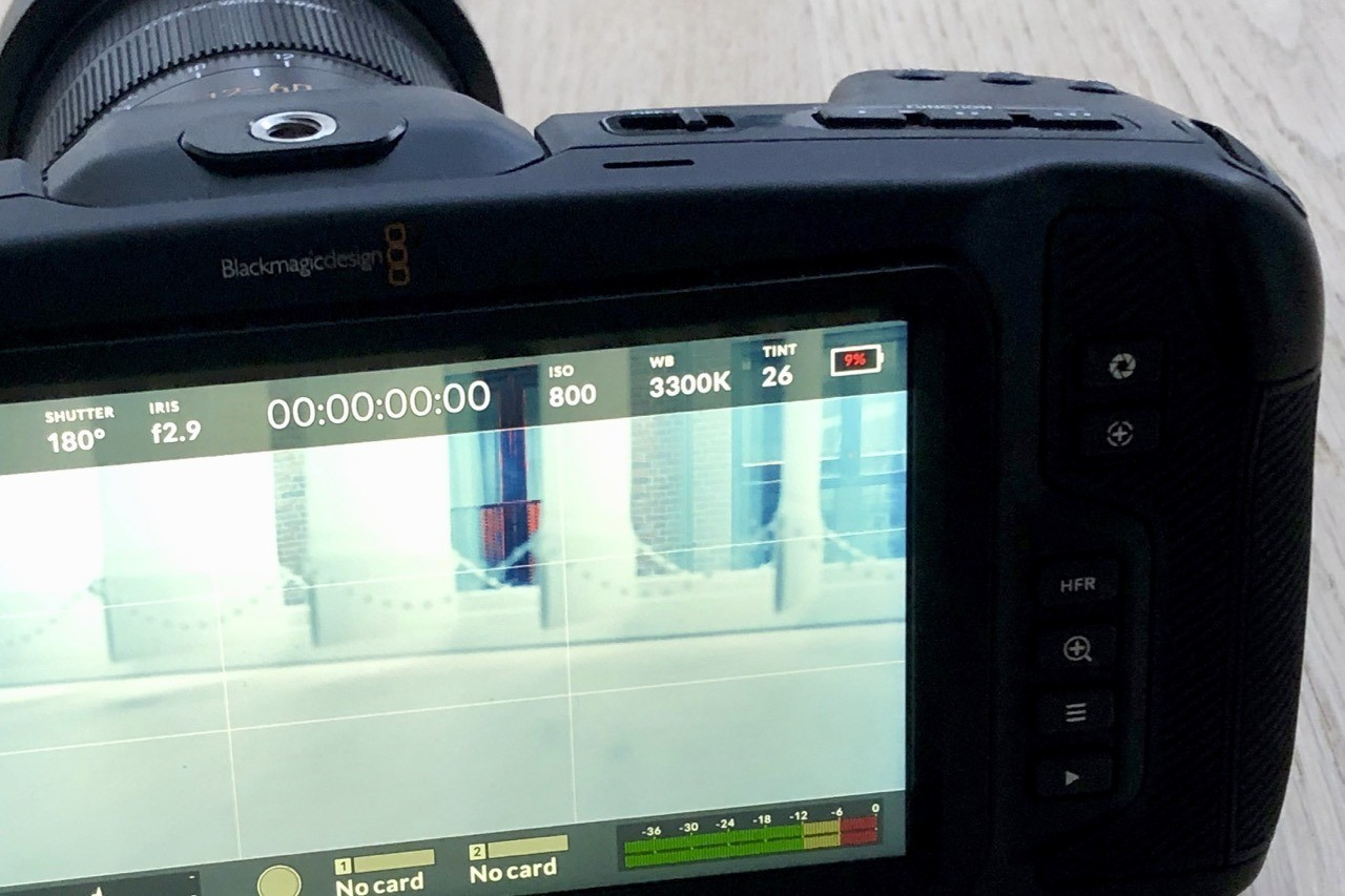 BMPCC4K - Batteri-indikatoren på Blackmagic Pocket Cinema Camera 4K