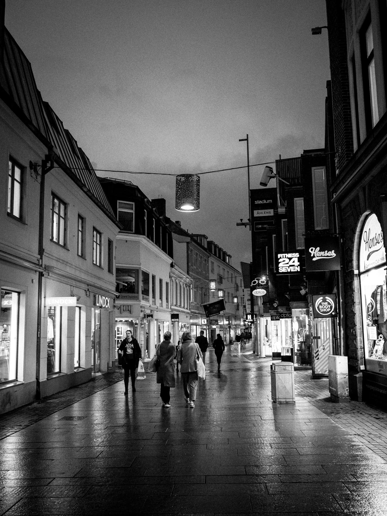 Gågaden i Helsingborg - et lille indkøbsmekka, der lukker ret tidligt...