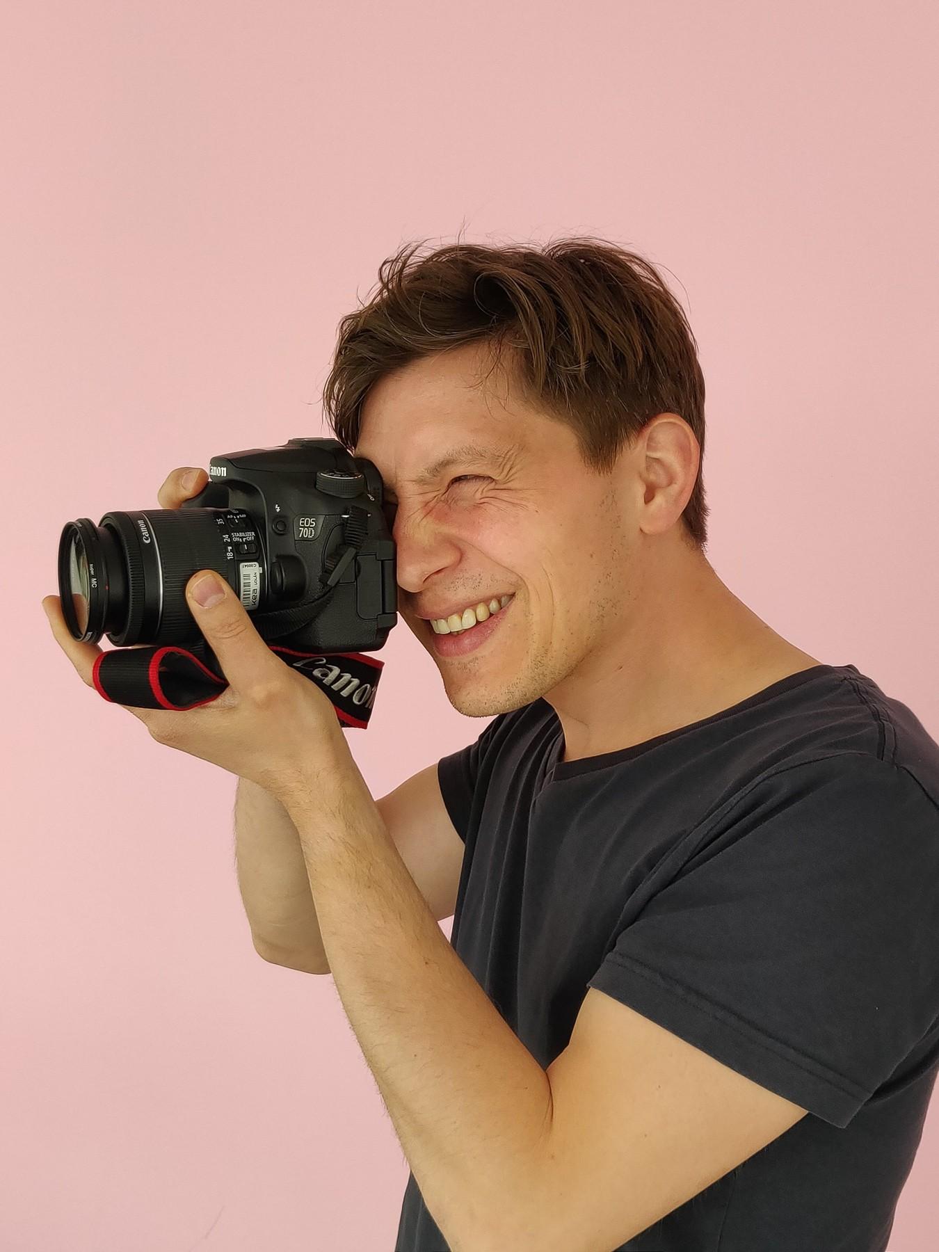 Portrætfoto af Stefan - skudt af Stefani og Emma