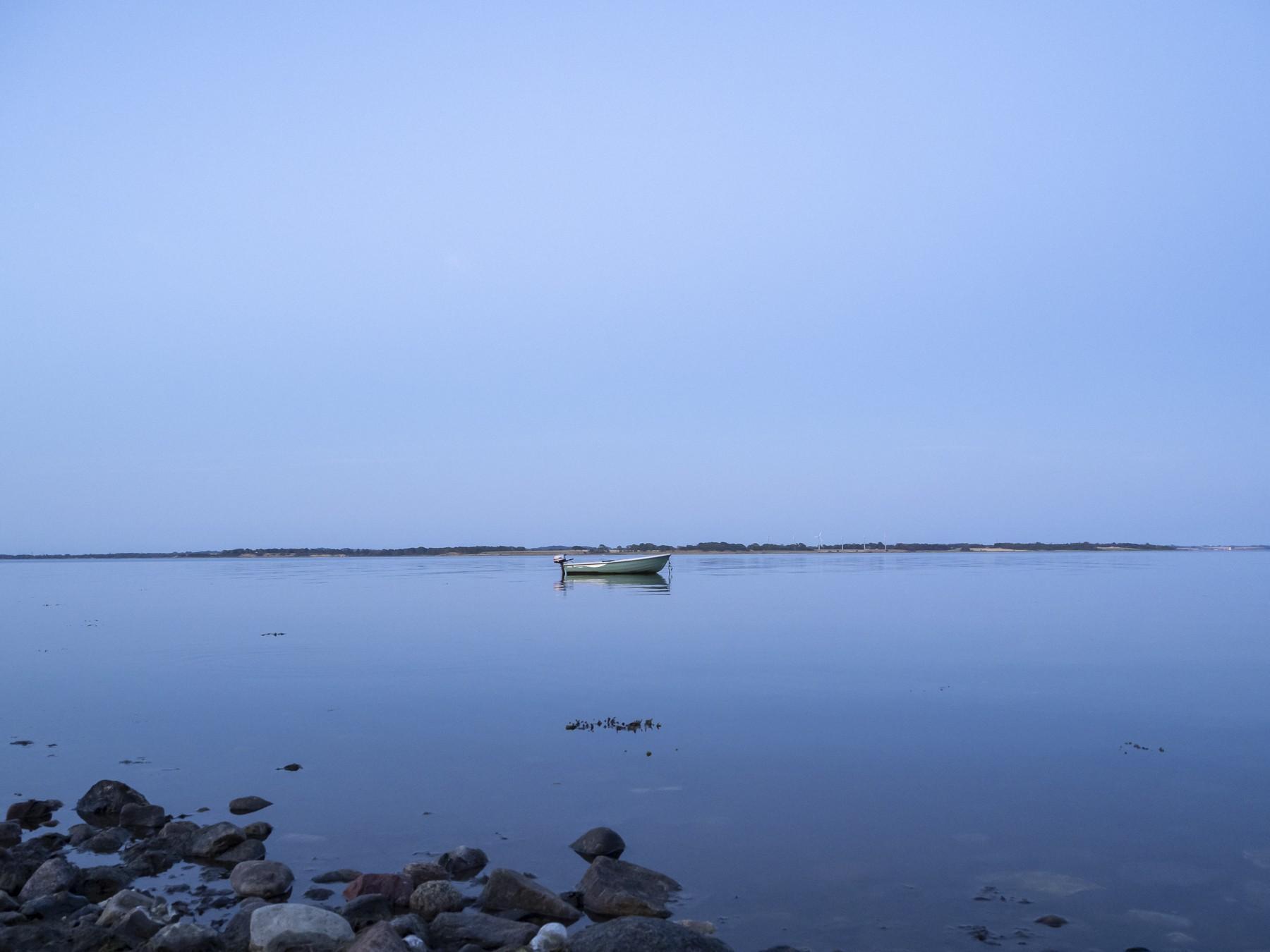 Den blå time ved Løserup Strand