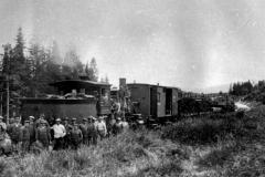 47-Arbeidslag-lokomotiv-Sunnan-Grong-banen-1928