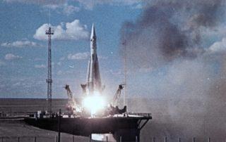 Start R7 missile with Sputnik