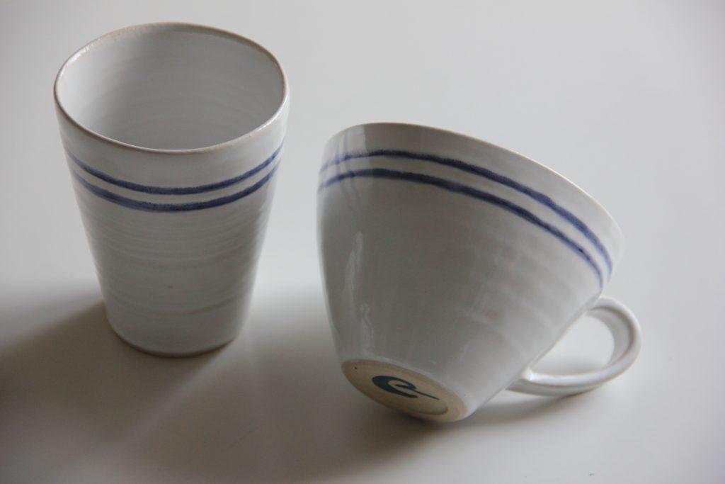 Koppar i blått och vitt