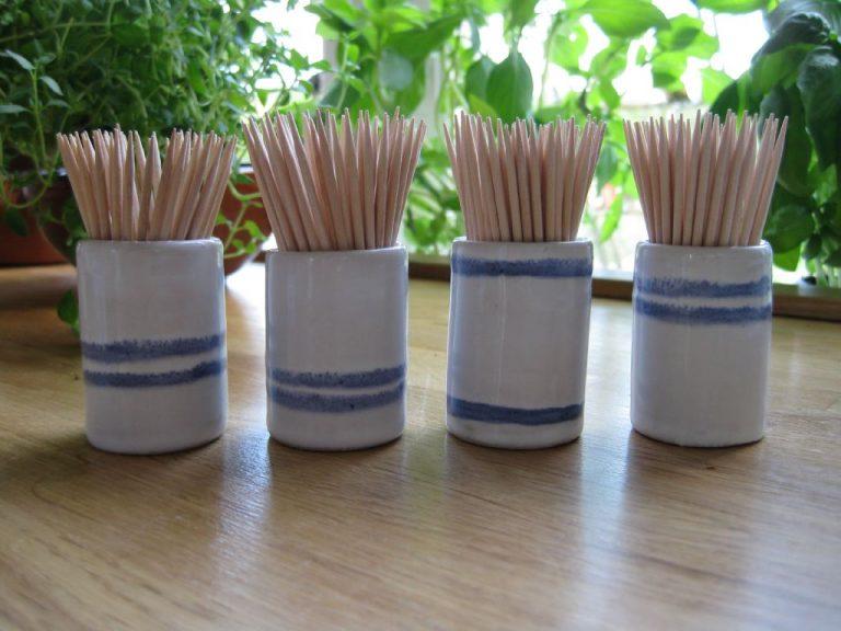 Tandpetarvaser i blått och vitt