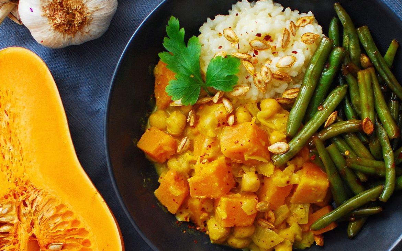 Currygryta med pumpa och kikärter
