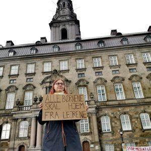 Foran Christiansborg