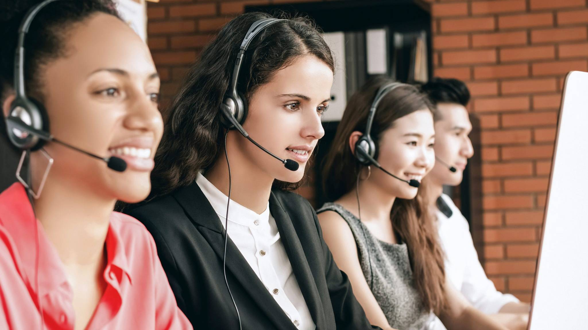 Outbound Callcenter Straightline1 Business Sales