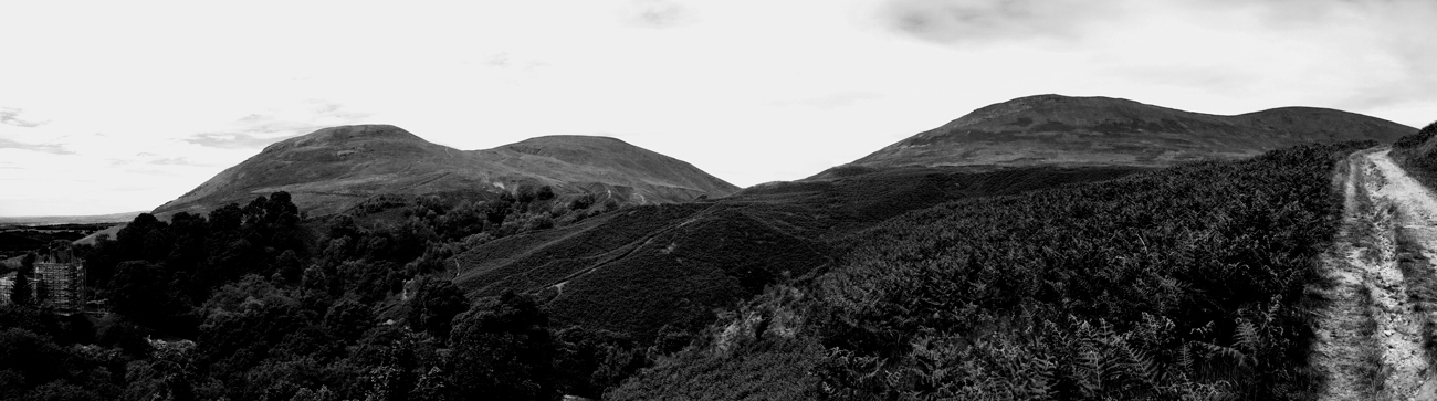 panorama-of-hills