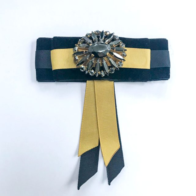 Vintage-brooch-black stone yellow black ribbon