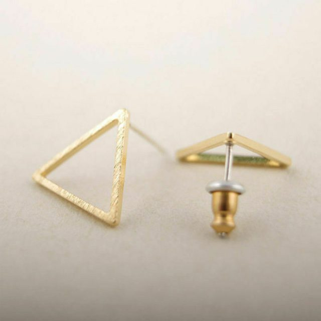 Earrings gold triangle
