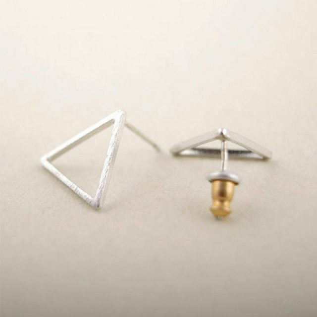 Earrings-silver-triangle