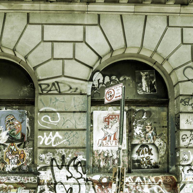 Graffiti och cyklar - Studio Caro-lines