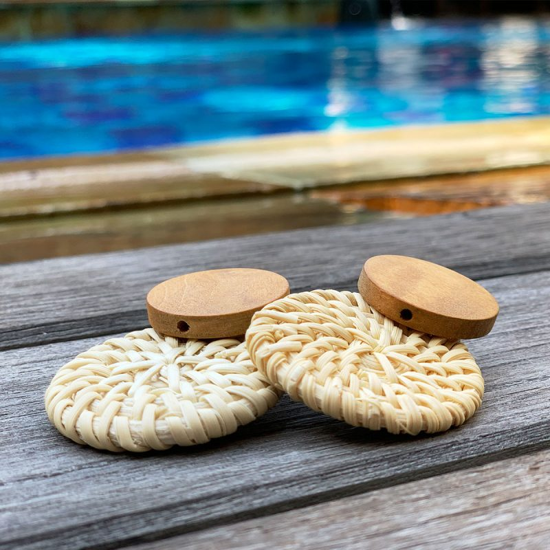 Lifestyle vacation pool earrings rattan