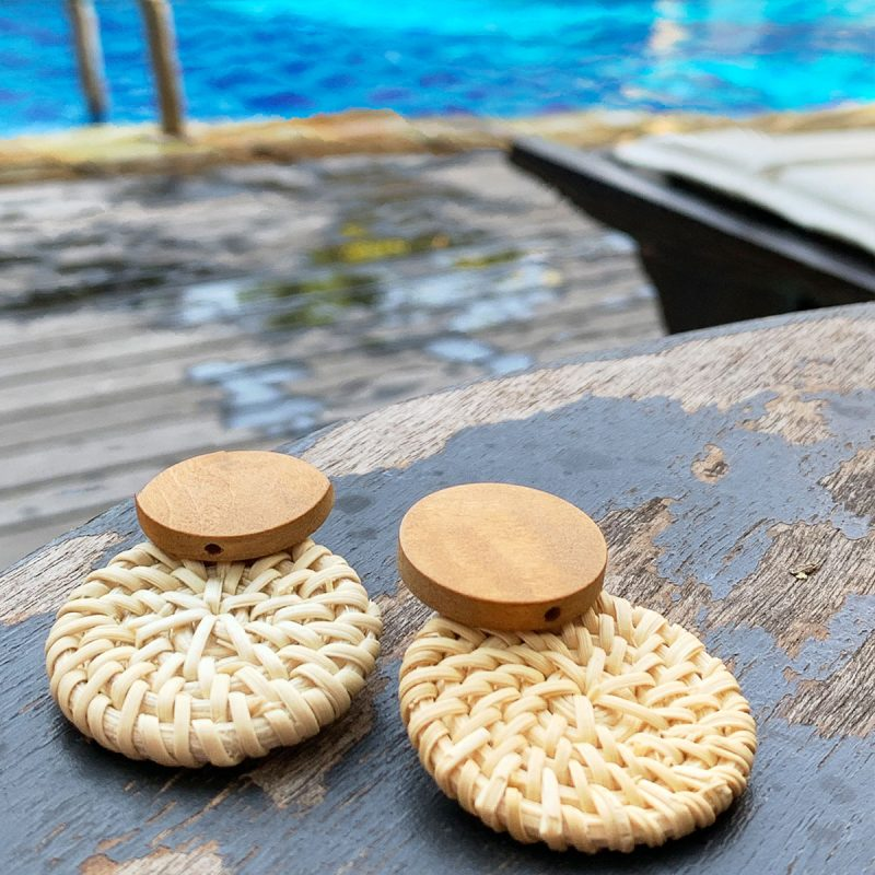Lifestyle vacation pool earrings rattan summer