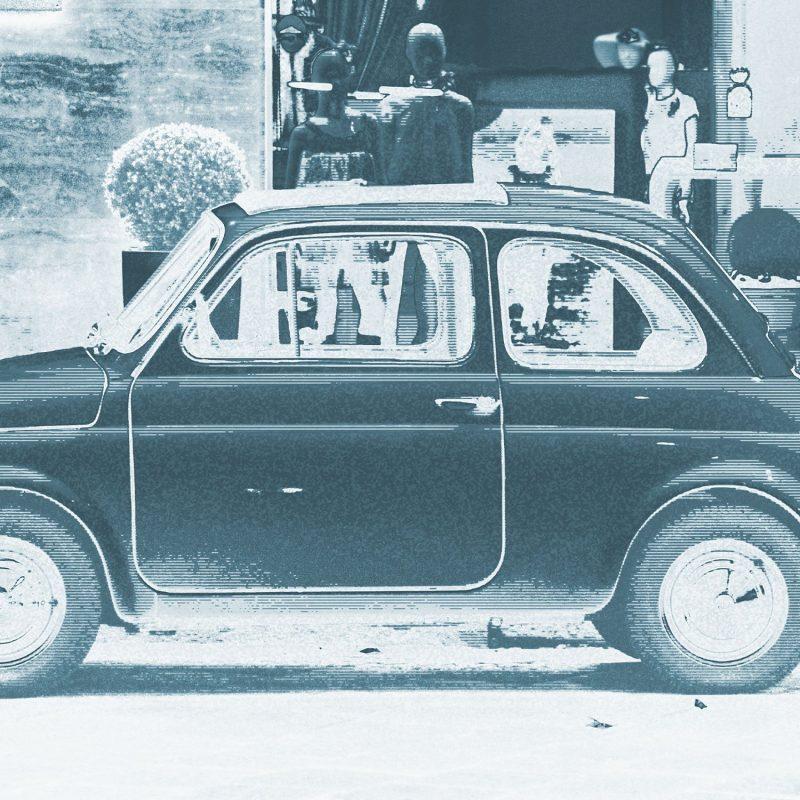 En liten bil i Milano - Studio Caro-lines