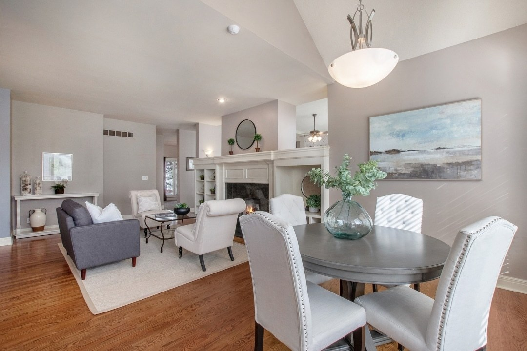 Kitchen-dining-hearth-room-9am28