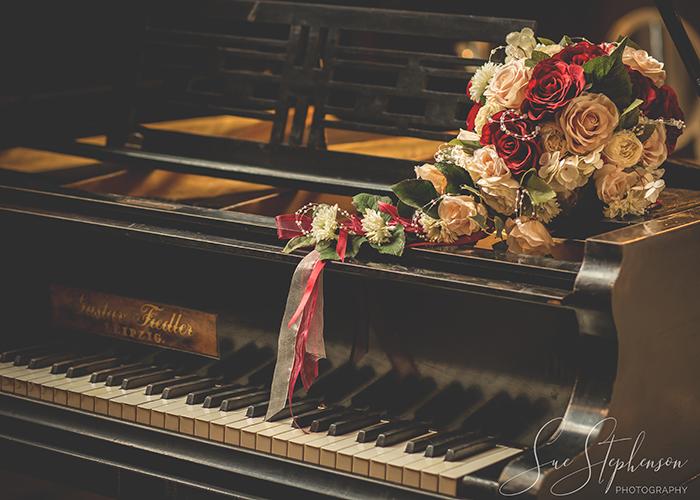 boquet on piano matfen hall