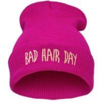 """Lækker pink hue med print. """"Bad hairday"""""""