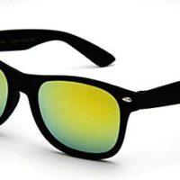 Wayfarer solbriller med grønt spejlglas.