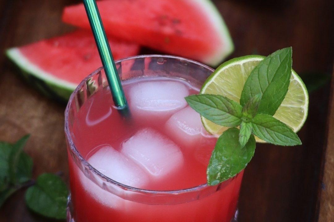 Watermelon and grapefruit limeade