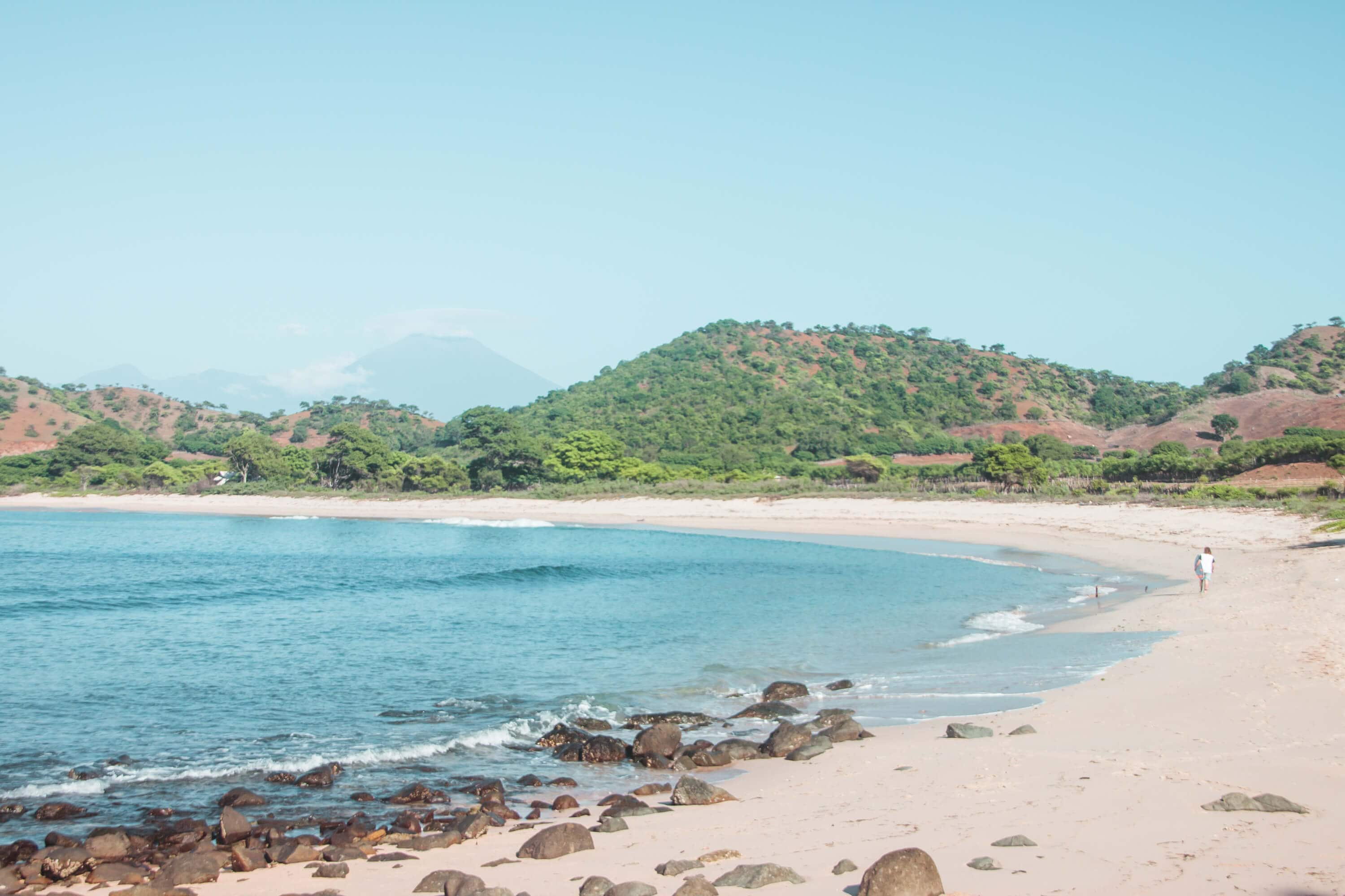 Searching for waves in Kertasari - Whales & Waves Resort in Sumbawa, Indonesia - The most amazing place I've ever been