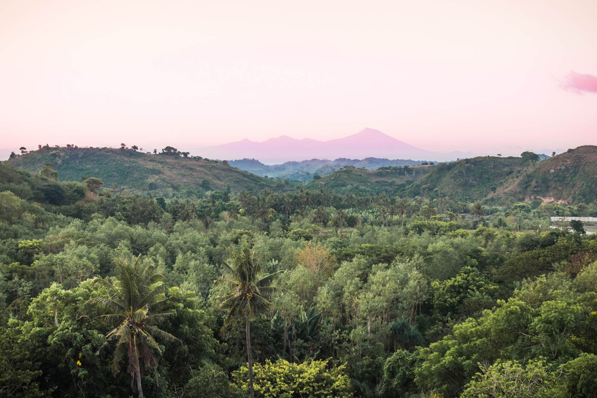 Top 5 things to do in Lombok - Watch the sunset at Bukit Merese #lombok