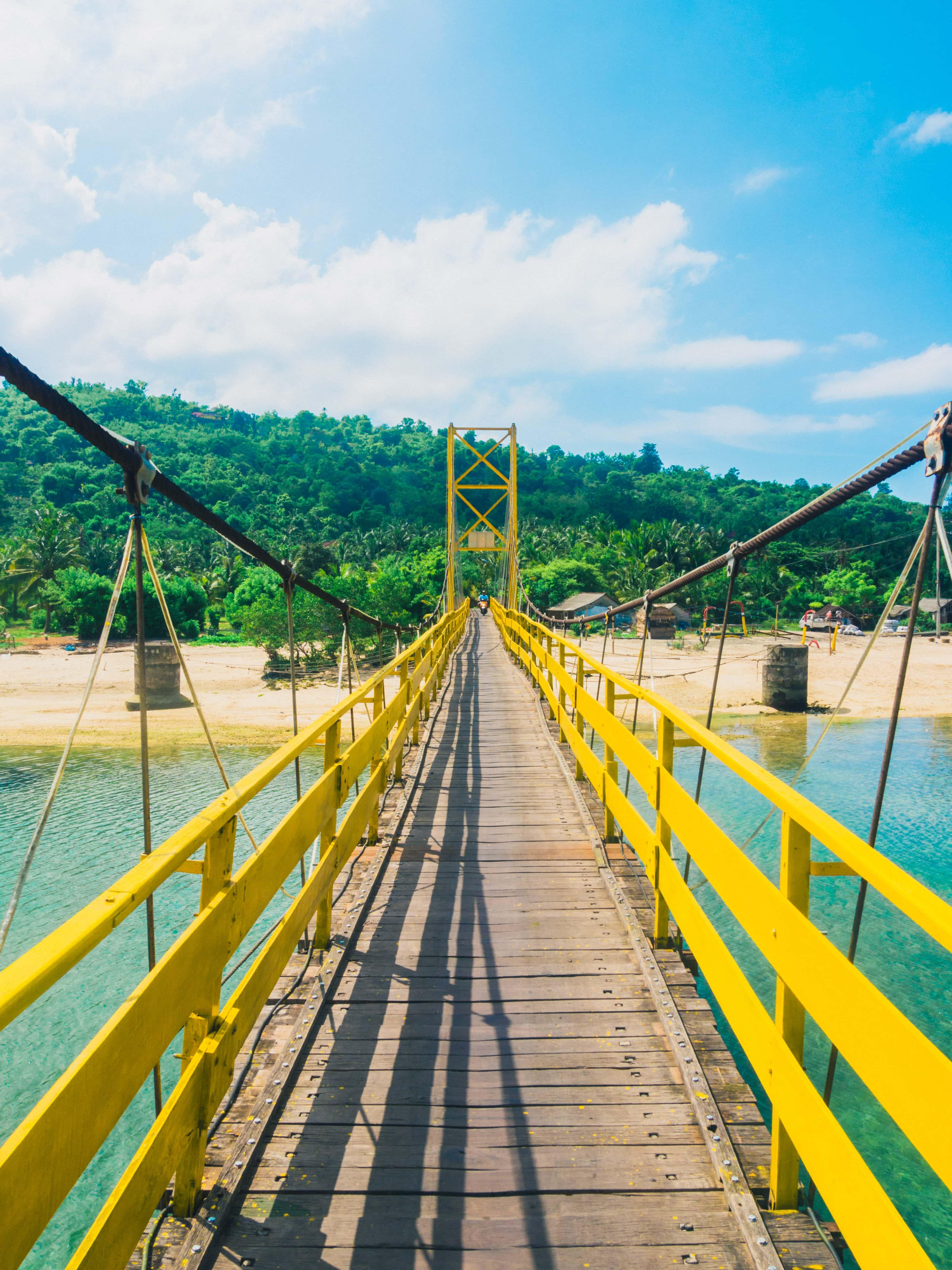 Yellow Bridge Nusa Ceningan Nusa Lembongan, Bali