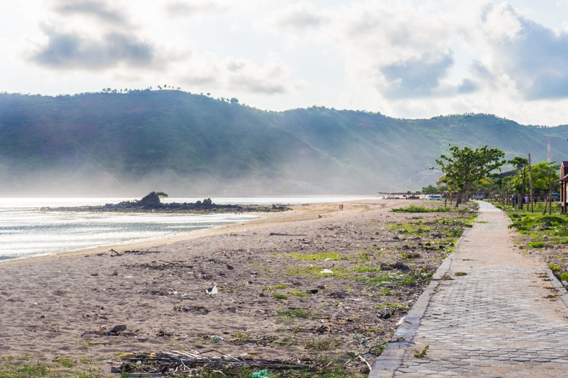 How to experience the incredible south coast of Lombok on a budget - Kuta Beach