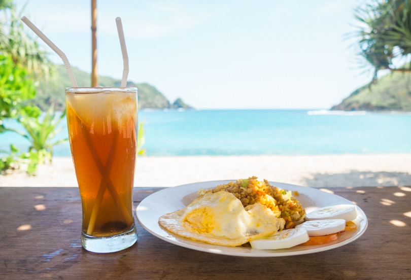 How to experience the incredible south coast of Lombok on a budget