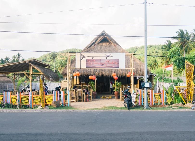 The cheapest destination I've visited so far! The south coast of Lombok, restaurants