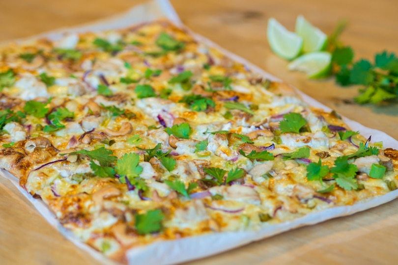 Delicious thai chicken pizza recipe - Perfect for a weekend dinner