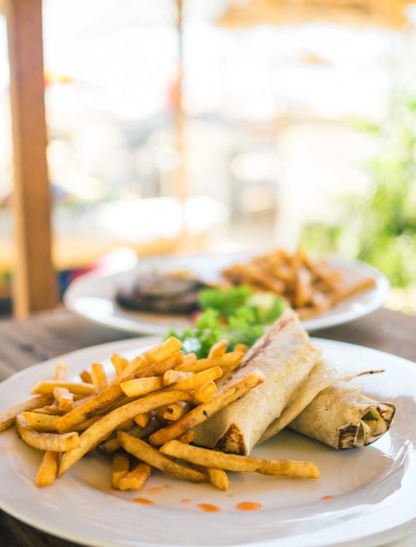 The top 5 best Unawatuna restaurants - Catamaran