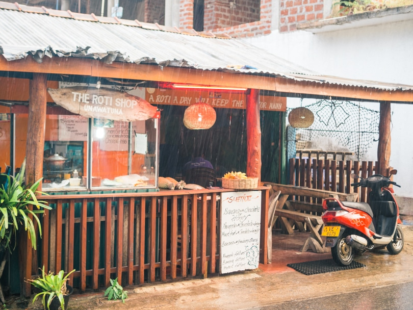 The top 5 best Unawatuna restaurants - Roti shop