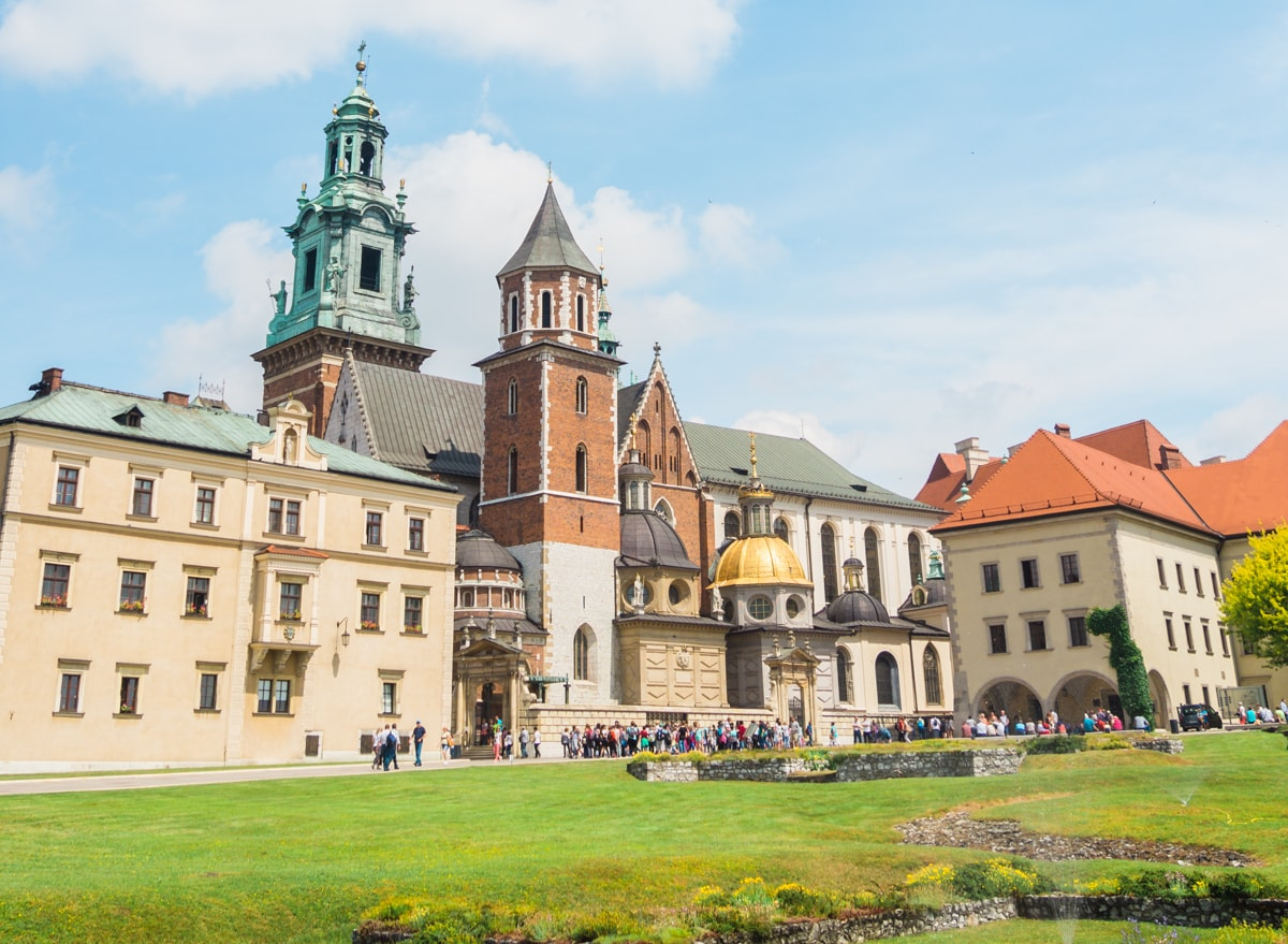 7 reasons why you need to visit Poland now - Wawel Cathedral in Kraków