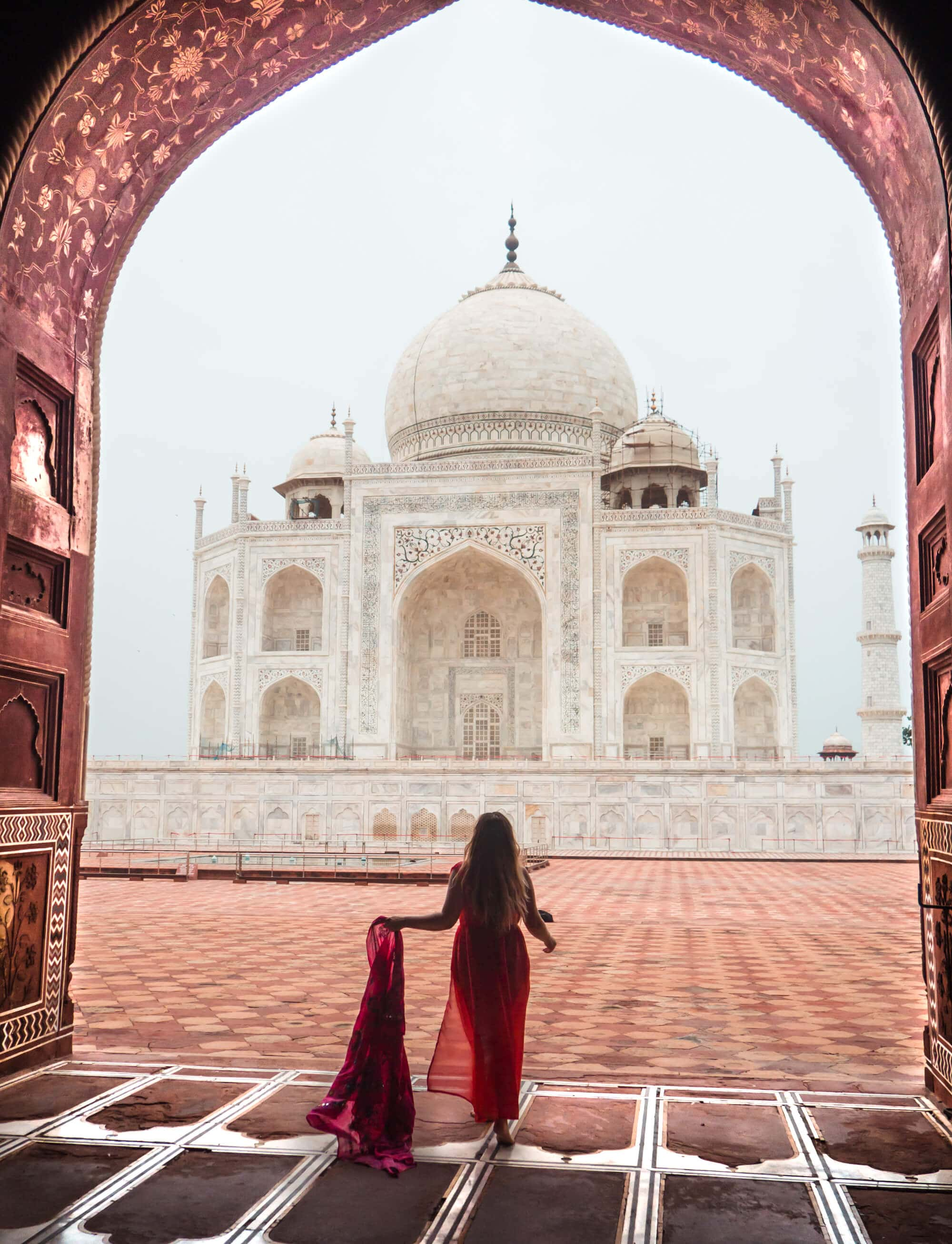 Taj Mahal photography tips - The best view is from the mosque