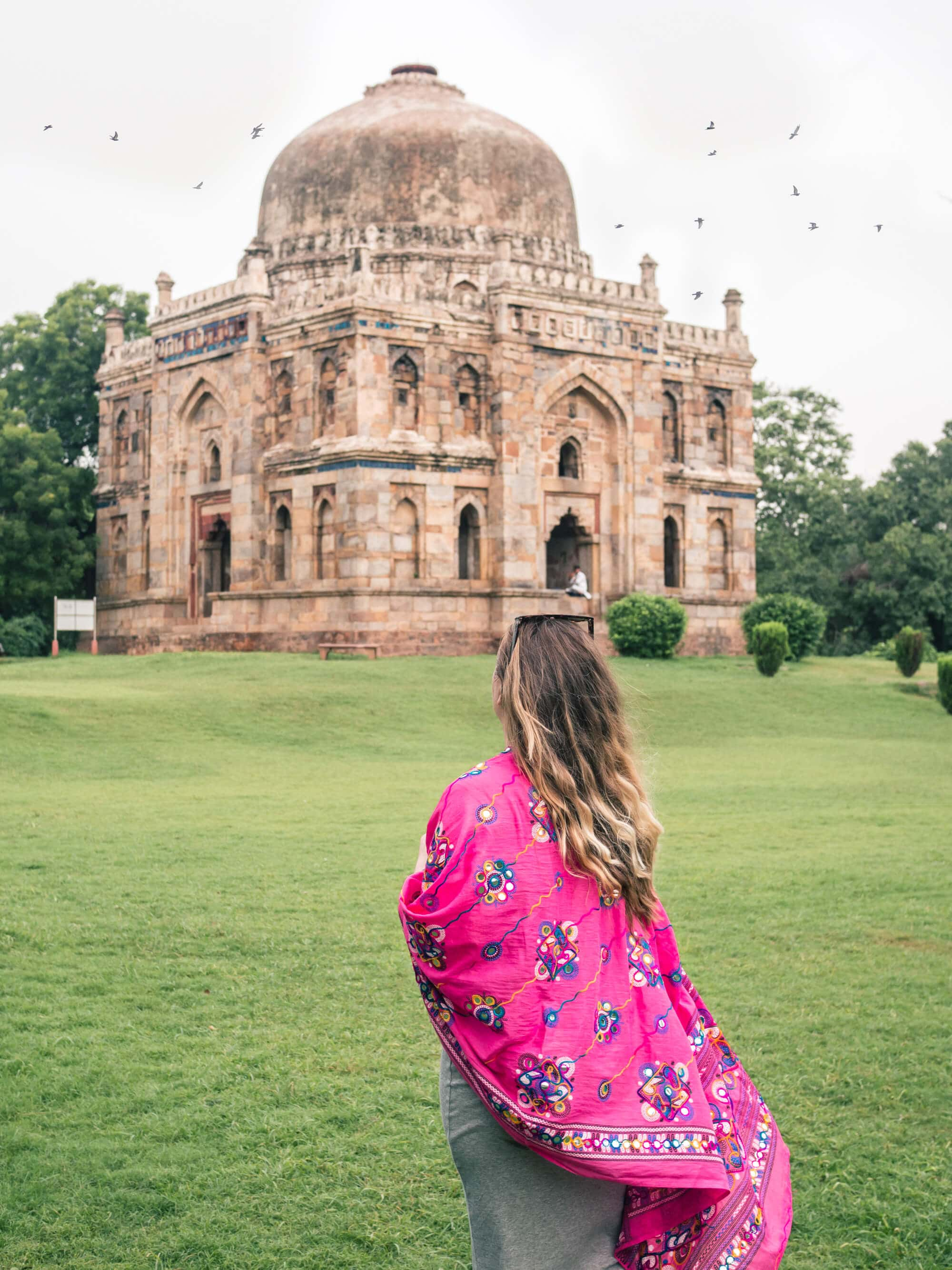 A first timer's guide to Delhi, India - The stunning and peaceful Lodhi Gardens