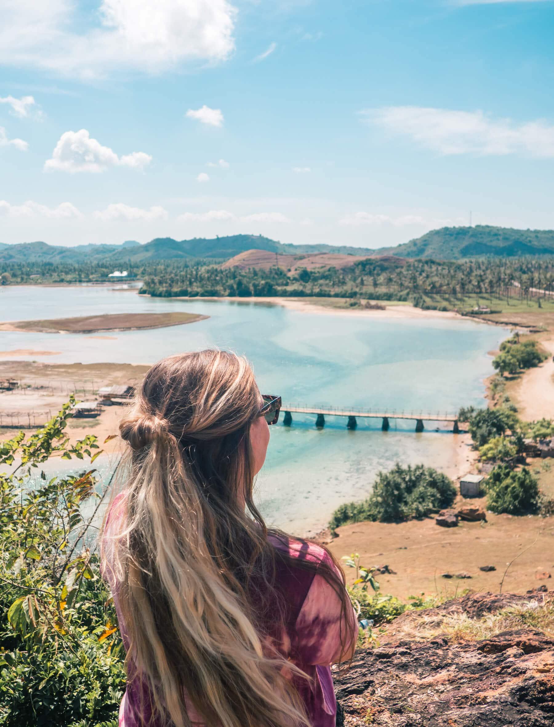 5 of the best views close to Kuta, Lombok - Seger Beach looking out over a gorgeous inlet and Patung Putri Mandalika (Statue Of Princess Mandalika)